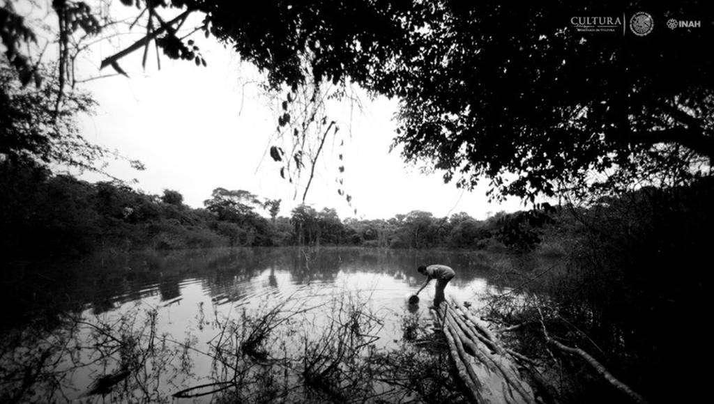 Paisaje de Lagunita : Foto © Mauricio Marat. INAH