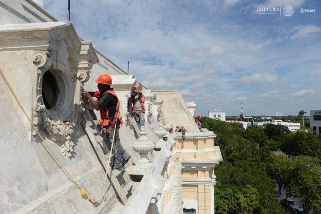 Durante la primera etapa, realizada en 2014, se rehabilitarón áreas como el ático, la terraza y la mansarda del edificio : Foto © Museo Palacio Cantón-INAH