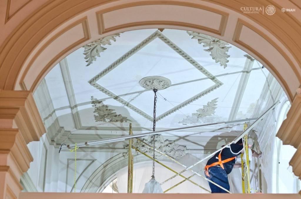 Se realizaron labores de conservación-restauración en bóvedas y elementos decorativos de la planta baja y la terraza : Foto © Museo Palacio Cantón-INAH