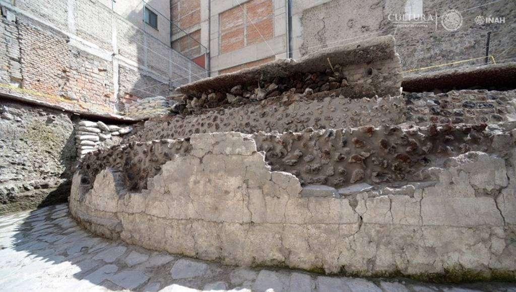 Templo de Ehécatl. Recinto ceremonial de Tenochtitlan : Foto © Héctor Montaño, INAH