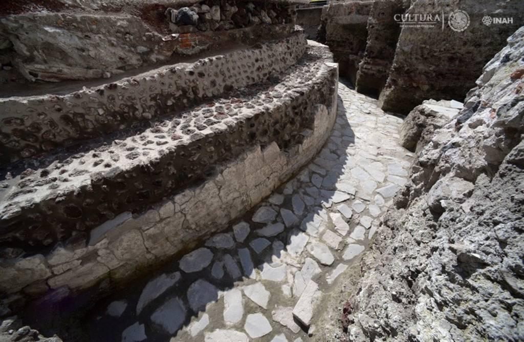 El INAH identifica los restos del Templo de Ehécatl : Foto © Héctor Montaño, INAH