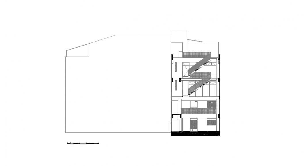Corte Transversal 2 del Proyecto Milán 44 ReUrbano diseñado por Francisco Pardo Arquitecto : Plano © Francisco Pardo Arquitecto