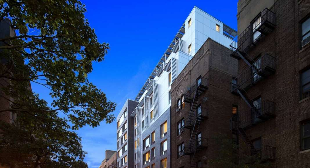 BQDA Multiple Family Residential Award of Excellence - Creston Avenue Residences - Magnusson Architecture and Planning , PC (Bronx, NY) : Photo © Magnusson Architecture and Planning