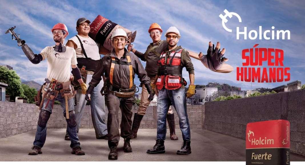 """Con la campaña """"Súper Humanos"""", Holcim México busca reconocer, inspirar y redefinir el trabajo de todos aquellos mexicanos que son autoconstructores : Fotografía © Holcim México"""