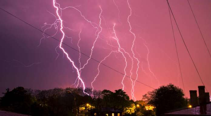 Schneider Electric te comparte 8 puntos para evitar riesgos esta temporada de lluvias : Fotografía © Schneider Electric México