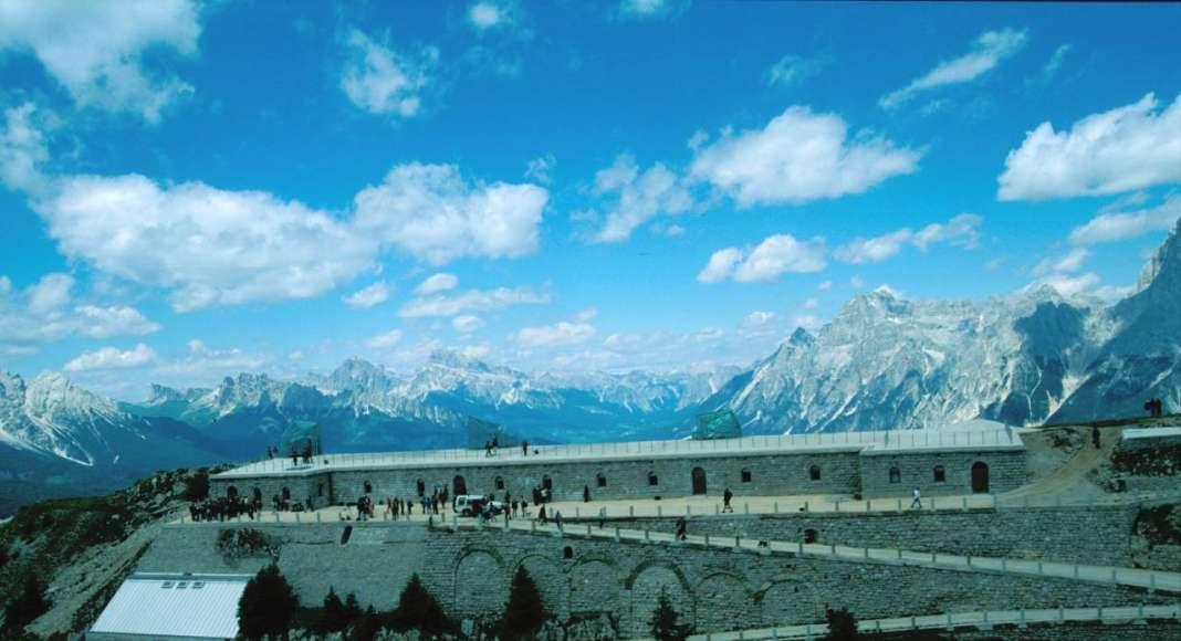 Premio Andrea Palladio Italia MMM Dolomites - Cibana di Cadore (BL) : Fotografía cortesía del © Premio Internacional Dedalo Minosse