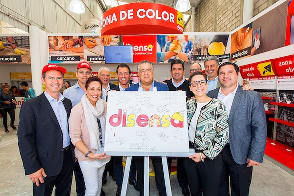 Grupo Oro y Disensa ampliarán la red de puntos de venta en diferentes entidades del país, iniciando en el Estado de México y la Ciudad de México : Fotografía © LafargeHolcim México