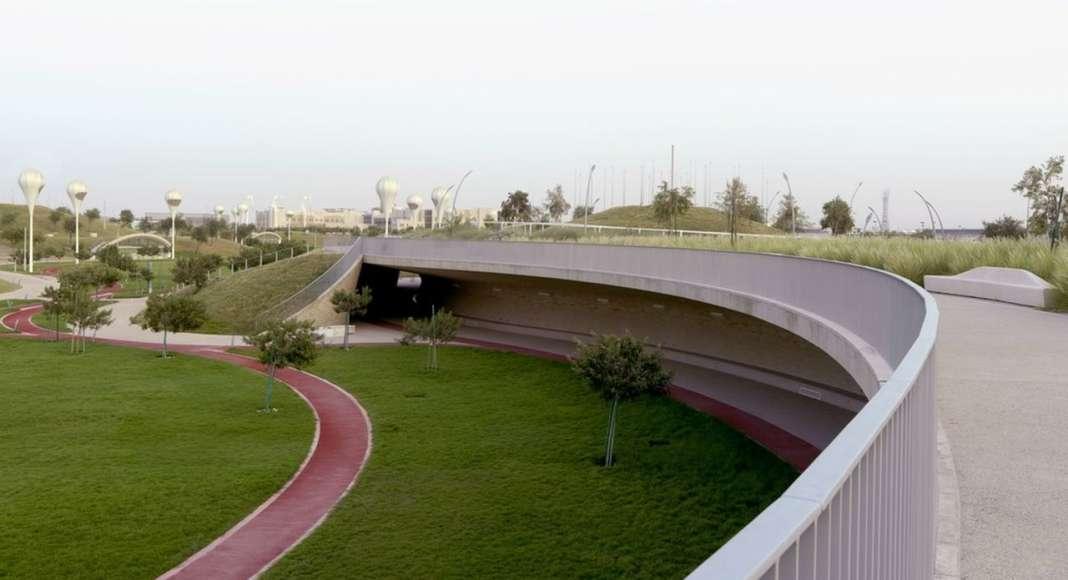 Covered Walkway - Upper Park Level : Photo credit © Markus Elblaus