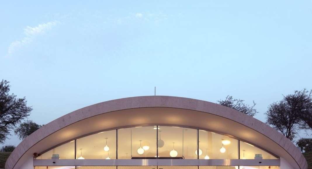 Folly Building : Photo credit © Markus Elblaus