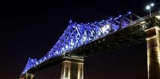 Jacques Cartier Bridge Interactive Illumination_Living Connections : Photo credit © Moment Factory