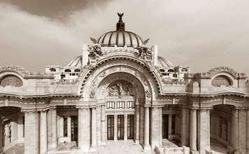 Conferencia Magistral de Arquitectura EL PALACIO BOARI : Fotografía © DACPAI/INBA