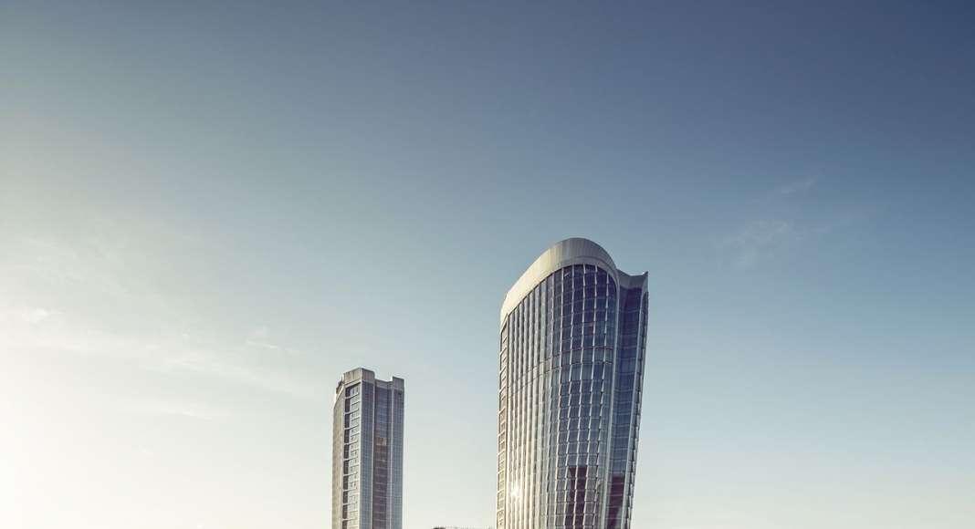 UNStudio designs Raffles City Hangzhou in China : Photo © Jin Xing